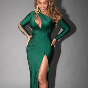 Beyonce Nude and Hot Pics & Leaked Porn Video [2021] 57