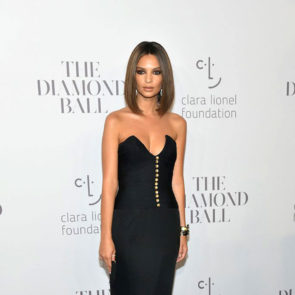 12-Emily-Ratajkowski-Deep-Cleavage-Rihanna-Diamond-Ball