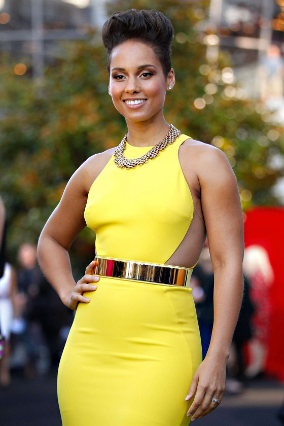 Very alicia keys almost nude sorry, that
