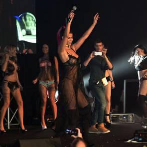 14-Micaela-Schäfer-Nude-Sexy-Performance