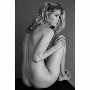 15-Doutzen-Kroes-Nude-Sexy