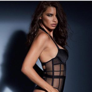 16-Adriana-Lima-Sexy-Lingerie