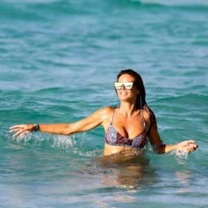 16-Heidi-Klum-Sexy-Bikini
