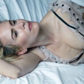 16-Sarah-Paulson-Topless-Tits