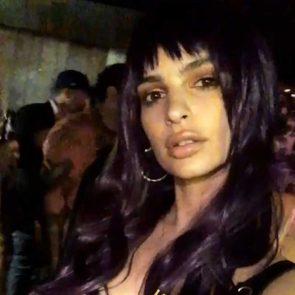 22-Emily-Ratajkowski-Sexy-Tits-Halloween