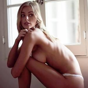 photos of naked caramel females