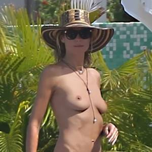 Heidi Klum Topless in Saint-Barthelemy