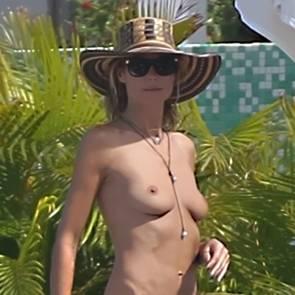 Heidi-Klum-Topless