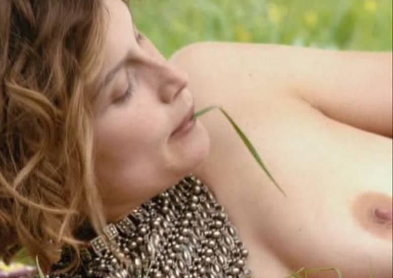 Laetitia Casta And Fejria Deliba Nude Scene In Born In 68 ...