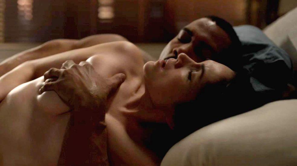 Lela Loren Nude LEAKED Pics & Topless in Explicit Sex Scenes 10