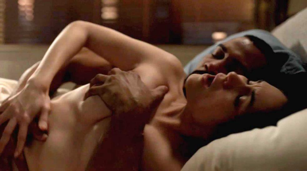 Lela Loren Nude LEAKED Pics & Topless in Explicit Sex Scenes 11