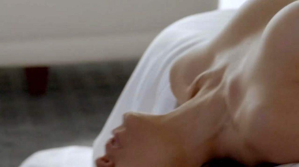 Lela Loren Nude LEAKED Pics & Topless in Explicit Sex Scenes 22