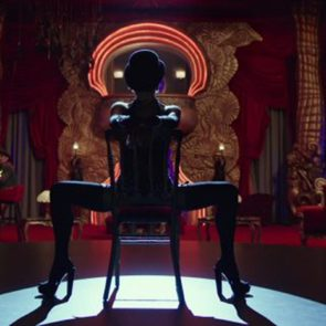 01-Rihanna-Sexy-Dance