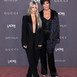 02-Kim-Kardashian-Braless-Boobs-Cleavage