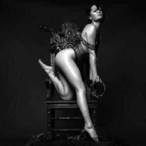 04-Jessie-J-Topless-Nude