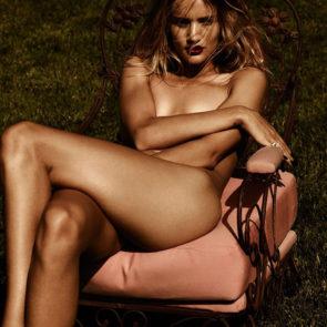 04-Rosie-Huntington-Whiteley-Nude-Sexy-Topless