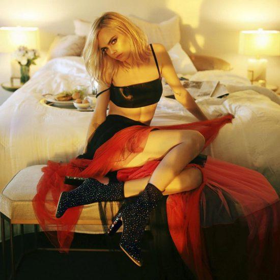 Cara Delevingne Nude LEAKED Pics & Topless Sex Scenes 56