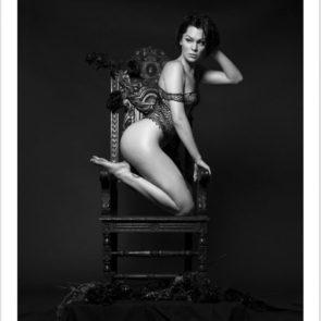 05-Jessie-J-Topless-Nude