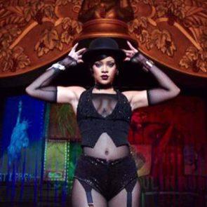 05-Rihanna-Sexy-Dance