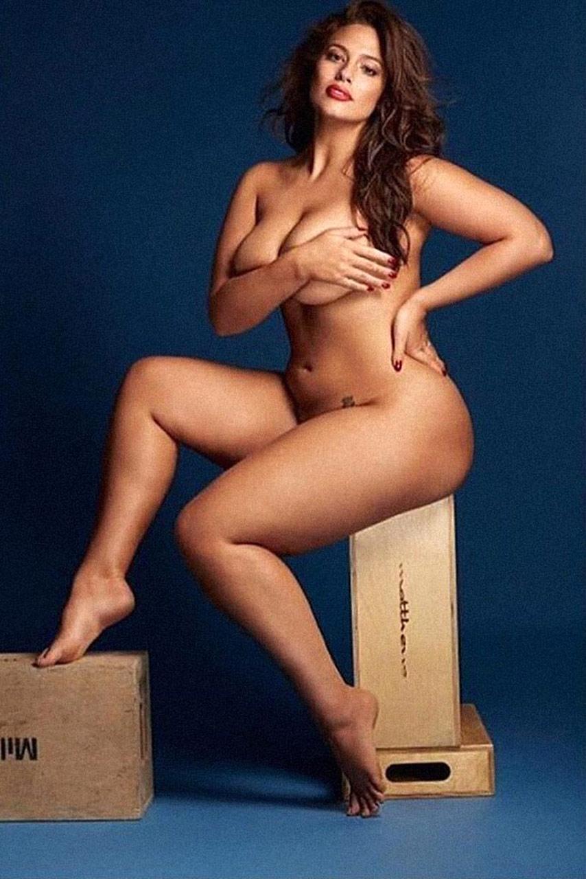 Ashley Graham Nude Plus Size Model Showed Massive Ass  - Scandal Planet-9780