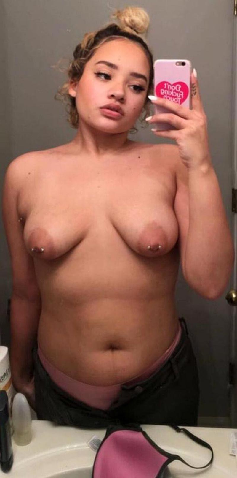 kim johansson showed fat body ugly tits on private pics