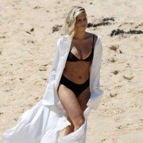 07-Natasha-Oakley-Sexy-Topless-Bikini