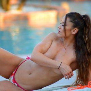 08-Anais-Zanotti-Nicole-Cardia-Sexy-Topless