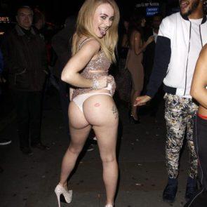 09-Carmel-Anderson-Topless-Ass