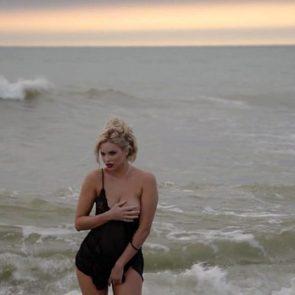 10-Ria-Antoniou-Sexy-Nude