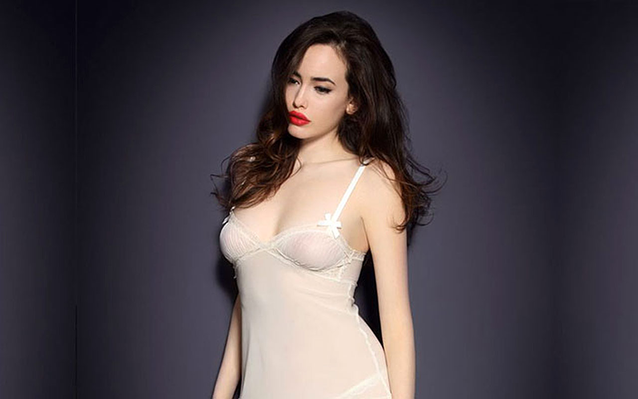 Kat Dennings Nude Topless Blinker Big Tits On Private-9985