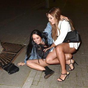 11-Marnie-Simpson-Naked-Upskirt-Fell-Down