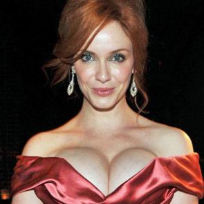 12-Christina-Hendricks-Nude-Leaked-Cleavage