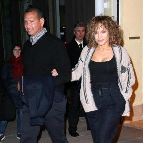 14-Jennifer-Lopez-Sexy-Vanity-Fair-Alex-Rodriguez