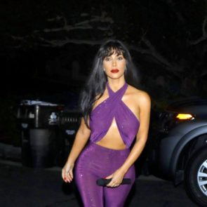 14-Kim-Kardashian-Halloween-Costume-Sexy