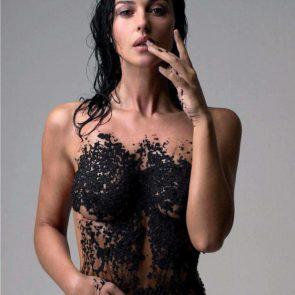 15-Monica-Bellucci-Nude-Sexy-Elle-Italy-2017