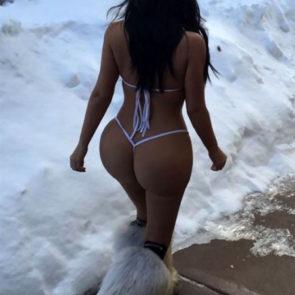16-Kim-Kardashian-Nude-Leaked-Ass