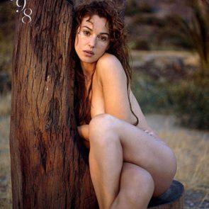 16-Monica-Bellucci-Nude-Sexy-Elle-Italy-2017