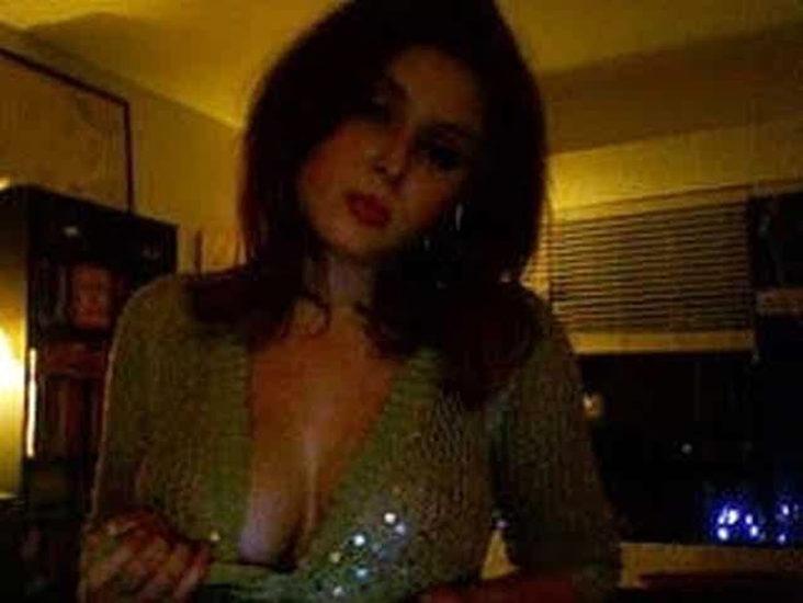 Renee Olstead Nude LEAKED Photos & Sex Tape Porn Video 22
