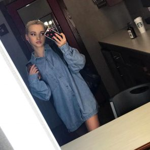 Dove cameron nackt selfie