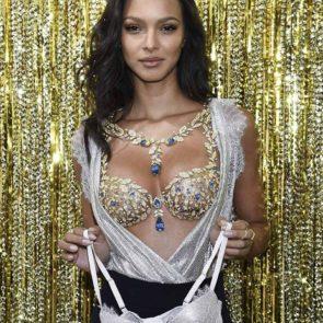 18-Lais-Ribeiro-Sexy-Fantasy-Bra-Victorias-Secret-2017
