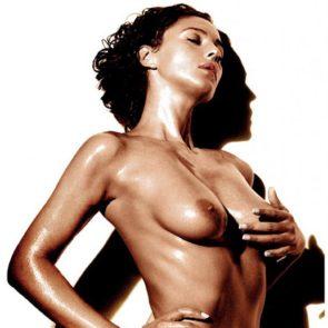 18-Monica-Bellucci-Nude-Sexy-Elle-Italy-2017