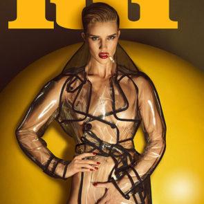 19-Rosie-Huntington-Whiteley-Nude-Sexy-Topless
