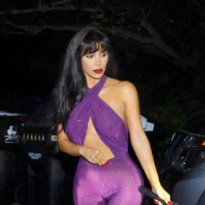 21-Kim-Kardashian-Halloween-Costume-Sexy