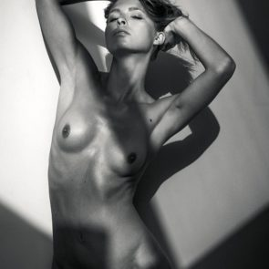 26-Marisa-Papen-Nude