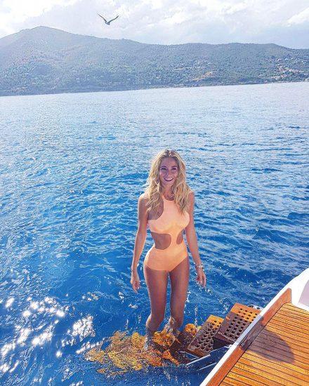 Diletta Leotta Nude Leaked Pics & Sex Tape PORN Video 48
