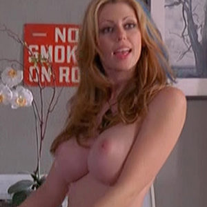 blonde-witch-wedding-crashers-topless-scene