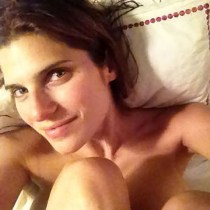 Lake Bell Nude And Topless Private Scandalous Pics — Actress Flashes Tits & Hairy Pussy !