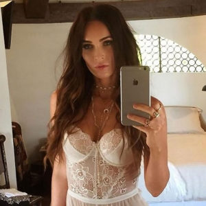 Megan Fox Private Lingerie Selfie – 'Transformers' Star Showed Too Sexy Body !