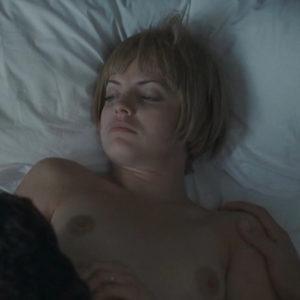 Mena Suvari Nude Boobs In The Garden Of Eden Movie