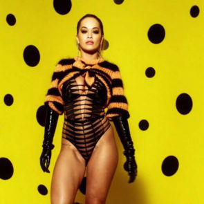 01-Rita-Ora-Sexy-Love-Advent-2017
